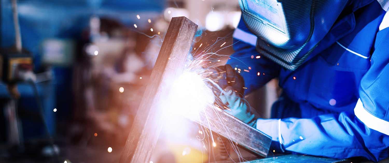 EKL Metallbau GmbH, Doppelparker Sanierung und Metallverarbeitung